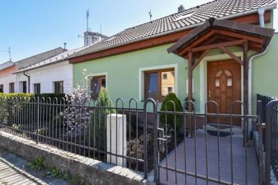 Pronájem Rodinný dům 3+kk, Kroměříž